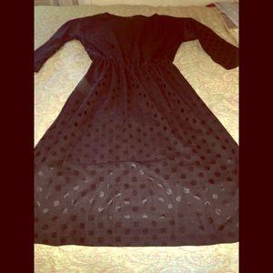 🔮 Gorgeous VTG 70's black polka dot dress. 🔮